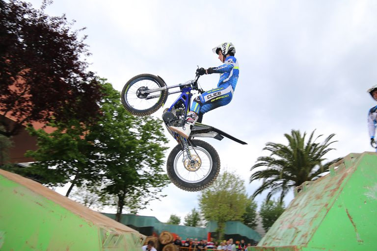 Trial outdoor en Gijon, Motoweekend