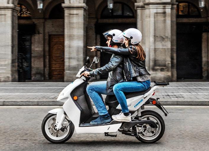 Ruta en scooter en Gijon Motoweekend